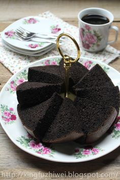 爱厨房的幸福之味: 香蕉黑可可戚风蛋糕 Banana Black Cocoa Chiffon Cake