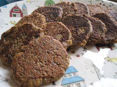 Vegan/Vegetarian Sausage Patties (delicious and quick) Veggie Sausage, Sausage Recipes, Tvp Recipes, Burger Recipes, Copycat Recipes, Potato Recipes, Veggie Recipes, Recipies, Vegan Vegetarian