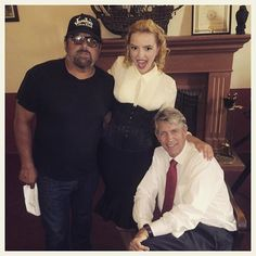 Marina Orlova - With director and Eric Roberts Eric Roberts, Actresses, Couple Photos, Couples, Pictures, Fashion, Female Actresses, Couple Pics, Moda