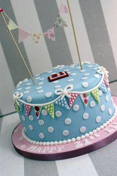 cath-kidston-style-21st-birthday-cake (5)