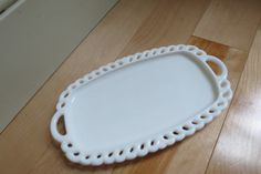 """Vintage milk glass """"lace"""" plate/platter - great for jewelry!"""