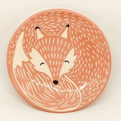 Civciv drawing of unique Fox plate drawing of unique Fox plate How To Choose Pottery Plates, Ceramic Plates, Ceramic Pottery, Pottery Painting Designs, Paint Designs, Pottery Painting Ideas Easy, Ceramic Painting, Ceramic Art, Date Photo