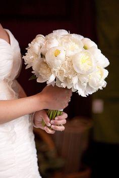 Beautiful peony bouquet. Peonies are my favorite. Add light pink peonies & light green hydrangea