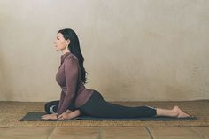 Actress Laura Prepon does these three stretches each day to improve her health.