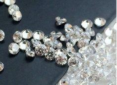 200 Pcs 4mm Cubic Zirconia Loose Round Zircon by gemsforjewels