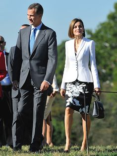 The Queen of Style: All of Letizia of Spain's Looks on Her U.S. Visit http://stylenews.peoplestylewatch.com/2015/09/18/queen-letizia-united-states-visit-fashion-outfit-photos/