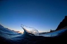 The best of National Geographic photo No Wave, National Geographic Photography, National Geographic Photos, Water Waves, Sea Waves, Hawaii Waves, Oahu Hawaii, Picture Places, Big Picture