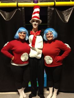 DIY Home made Halloween costumes for a group of three people! Thing 1, thing 2 and the cat in the hat. Costumes For Three People, Three Person Halloween Costumes, Cute Group Halloween Costumes, Halloween Costumes For Teens, Family Halloween Costumes, Halloween Kostüm, Group Costumes, Trio Costumes, 3 Person Costume