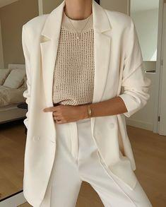 Glamouröse Outfits, Classy Outfits, Stylish Outfits, Fashion Outfits, Suit Fashion, Fashion Tips, Womens Fashion, Fashion Trends, Bold Fashion