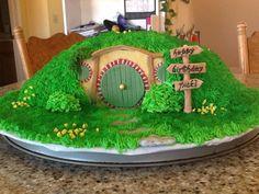 Hobbit themed birthday cake - Imgur