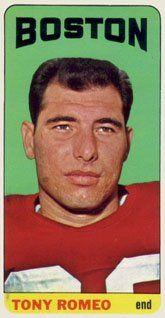 Amazon.com: 1965 Topps Regular (Football) Card# 18 Tony Romeo of ... Football Trading Cards, Football Cards, Nfl Football, Baseball Cards, American Football League, Vintage Football, Trading Card Database, New England Patriots, Sports