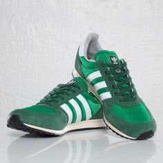 official photos d1c37 cc1d3 adidas adistar racer green white