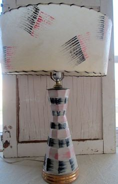 Mid Century Vintage Fiberglass Table Lamp w/ Shade Atomic Retro Pink and Black