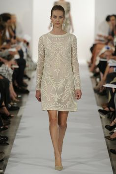 Oscar de la Renta RTW Spring 2014 //Learn how to hand render lace: http://www.universityoffashion.com/lessons/rendering-lace/