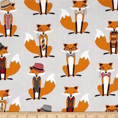 Fox and The Houndstooth Foxes Grey from @fabricdotcom  Designed by Andie Hanna for Robert Kaufman, this fabric is perfect for quilting, apparel and home décor accents. Colors include red, white, black, brown and beige on a grey background.