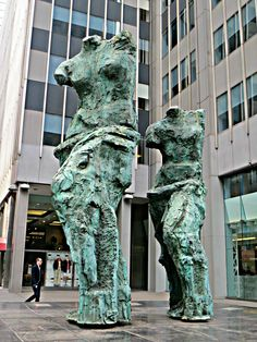 """""""Looking Toward the Avenue,"""" sculpture by Jim Dine, on Avenue of the Americas (Sixth Avenue) between 52nd and 53rd streets, New York City. March 5, 2016."""