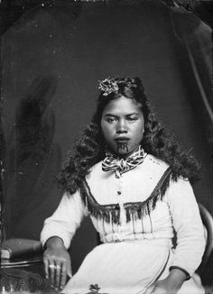 Carte de visite portrait of a Maori woman from Hawkes Bay, taken, probably in the Samuel Carnell of Napier Maori Tattoos, Maori Face Tattoo, Borneo Tattoos, Thai Tattoo, Neck Tattoos, Samoan Tattoo, Tattoo Ink, Arm Tattoo, Tribal Tattoos