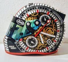 Motorcycle Helmet Design, Custom Motorcycle Helmets, Custom Helmets, Racing Helmets, Motorcycle Gear, Yamaha R6, Ducati, Pinstriping, Airbrush Art