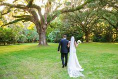 Simple Rustic Legare Waring House Wedding // Dana Cubbage Weddings // Charleston SC Wedding Photography