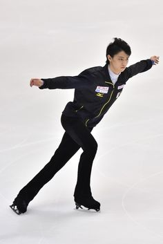Yuzuru Hanyu of Japan warms up before the Men Short Program during day one of ISU Grand Prix of Figure Skating 2014/2015 NHK Trophy at the Namihaya Dome on November 28, 2014 in Osaka, Japan.