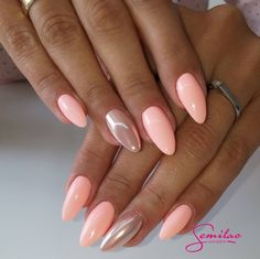 Want some ideas for wedding nail polish designs? This article is a collection of our favorite nail polish designs for your special day. Read for inspiration Pink Gel Nails, Peach Nails, Metallic Nails, My Nails, Acrylic Nails, Pastel Nails, Nails Today, Shellac Nails, Marble Nails
