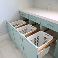 Top 40 Small Laundry Room Ideas and Designs 2018 Small laundry room ideas Laundry room decor Laundry room storage Laundry room shelves Small laundry room makeover Laundry closet ideas And Dryer Store Toilet Saving Laundry Room Inspiration, Laundry Room Makeover, Room Design, Laundry Mud Room, Laundry Hamper, Room Remodeling, Laundry Room Remodel, Room Storage Diy, Room Organization
