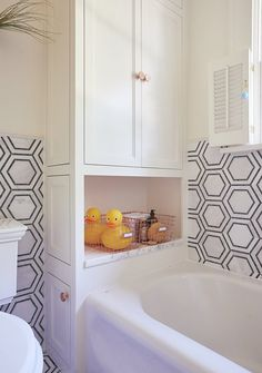 The Chicest Kids Bathroom You'll Ever See — Makeover | Apartment Therapy