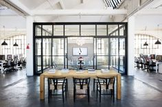 Nancy Meyers, the Intern, office loft, set design, industrial style, modern