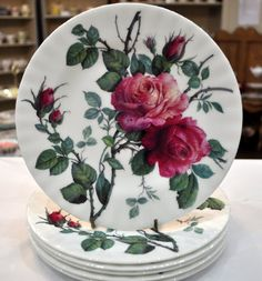 """""""English Rose"""" - A fine bone china tea plate / Cake Stand Heaven. Made and decorated in England by Roy Kirkham of Stoke-on-Trent, Staffordshire. Stoke On Trent, Vintage Plates, Vintage Roses, Teapots And Cups, Teacups, Types Of Roses, Wars Of The Roses, China Painting, China Patterns"""