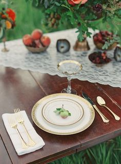 Autumn wedding place setting | Bryce Covey Photography and Bluebird Productions | see more on: http://burnettsboards.com/2014/09/indian-summer-heat-wave-wedding/