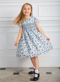 Shop Trotters Arabella Smocked Dress in Blue Rose, a traditional girls dress made in Europe. Discover our Girls' Dress Collection online from Trotters. Baby Clothes Uk, Smocked Baby Clothes, Boys And Girls Clothes, Kids Girls, Girly Girl Outfits, Cute Little Girl Dresses, Kids Outfits, Girls Dresses Sewing, Girls Smocked Dresses