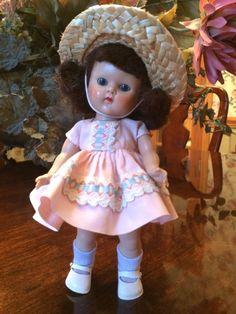 Vintage Vogue Strung Ginny Doll, Brunette, Sweet! #DollswithClothingAccessories
