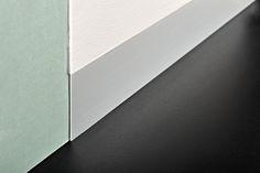 Proskirting Line-plinta subtire din aluminiu potrivita pentru peretii gletuiti sau acoperiti cu produse decorative tip stucco venetiano. Mattress, Craft Projects, Crafts, Study, Furniture, Detail, Home Decor, Manualidades, Studio