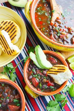 Venezuelan Black Bean and Chorizo Soup: This sweet-and-spicy soup is complemented perfectly by hot chorizo. Chorizo Soup Recipes, Bean Soup Recipes, Pork Recipes, Cooking Recipes, Easy Recipes, Recipies, Venezuelan Food, Venezuelan Recipes, Easy Black Bean Soup