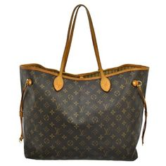 Louis Vuitton Neverfull Gm M40990 - Rm1 Tote Bag. Get one of the hottest styles of the season! The Louis Vuitton Neverfull Gm M40990 - Rm1 Tote Bag is a top 10 member favorite on Tradesy. Save on yours before they're sold out!