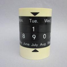 Perpetual Calender Pencil Cup