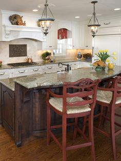 Kitchen Island ideas - not the style, but the amount of counter space, two tiered