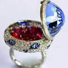 @the_jewell_closet - Stunning Diamond , Ruby & sapphire Ring
