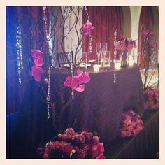 Sweet heart table #purple flowers #nozza