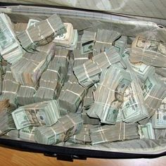 how save money ideas, things to do to make money,ways to earn money,how to inves. how save money i Make Cash Fast, Make Money Now, Ways To Earn Money, How To Raise Money, Money Fast, Free Money, Investing Money, Saving Money, Earn Cash Online