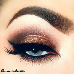I wish I could do a successful cat eye
