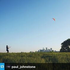 Follow @paul_johnstone as he explores #Minnesota! His first stop is at Ridgeway Parkway Park in Northeast Minneapolis. This is a great spot to watch the sun set over the city! #Minneapolis #NEMinneapolis #Northeast #OnlyinMN