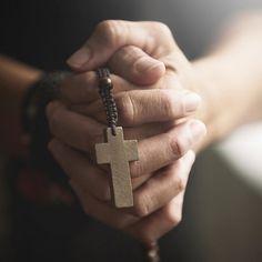 Precisa alcançar uma graça e já não sabe como fazer? Através da oração de Santo Antônio você irá realizar o seu desejo! Saiba como no nosso artigo.