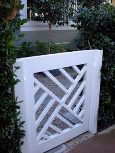 Gates needn't always have a fence. Set off your existing landscape or direct guests where you want them to go with this simple Chippendale gate.