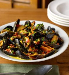 Mussels in Saffron and White Wine Sauce
