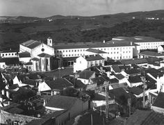Vista aérea do IO 1960 Mansions, House Styles, Home, Decor, Decoration, Manor Houses, Villas, Ad Home, Mansion
