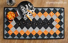 See the featured quilts and web-exclusive patterns from the American Patchwork & Quilting June 2020 issue. Small Quilts, Mini Quilts, Lap Quilts, Quilting Projects, Sewing Projects, Quilting Ideas, Halloween Quilts, Happy Halloween, Halloween Tricks