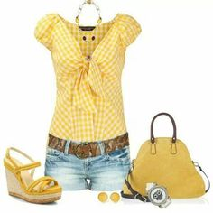 A fashion look from April 2014 featuring stripe shirt, graphic shorts and cork wedge shoes. Browse and shop related looks. Mode Outfits, Short Outfits, New Outfits, Stylish Outfits, Spring Outfits, Fashion Outfits, Fashion Tips, Fashion Mode, Cute Fashion