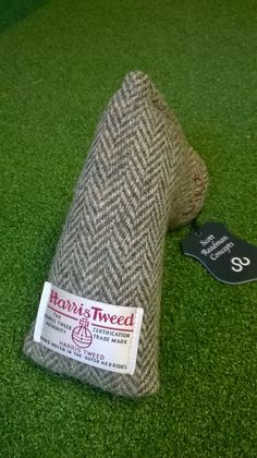 Harris Tweed Blade Putter cover here at www.limitededitiongolf.co.uk