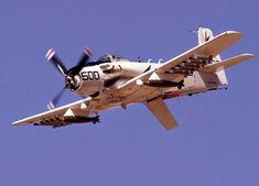 Motor Radial, Fixed Wing Aircraft, Douglas Aircraft, Aircraft Photos, Thing 1, Armada, Military Aircraft, Airplanes, Fighter Jets
